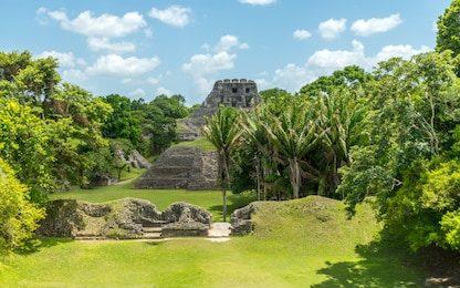 xunantunich-maya-ruins-belize-260nw-698117149